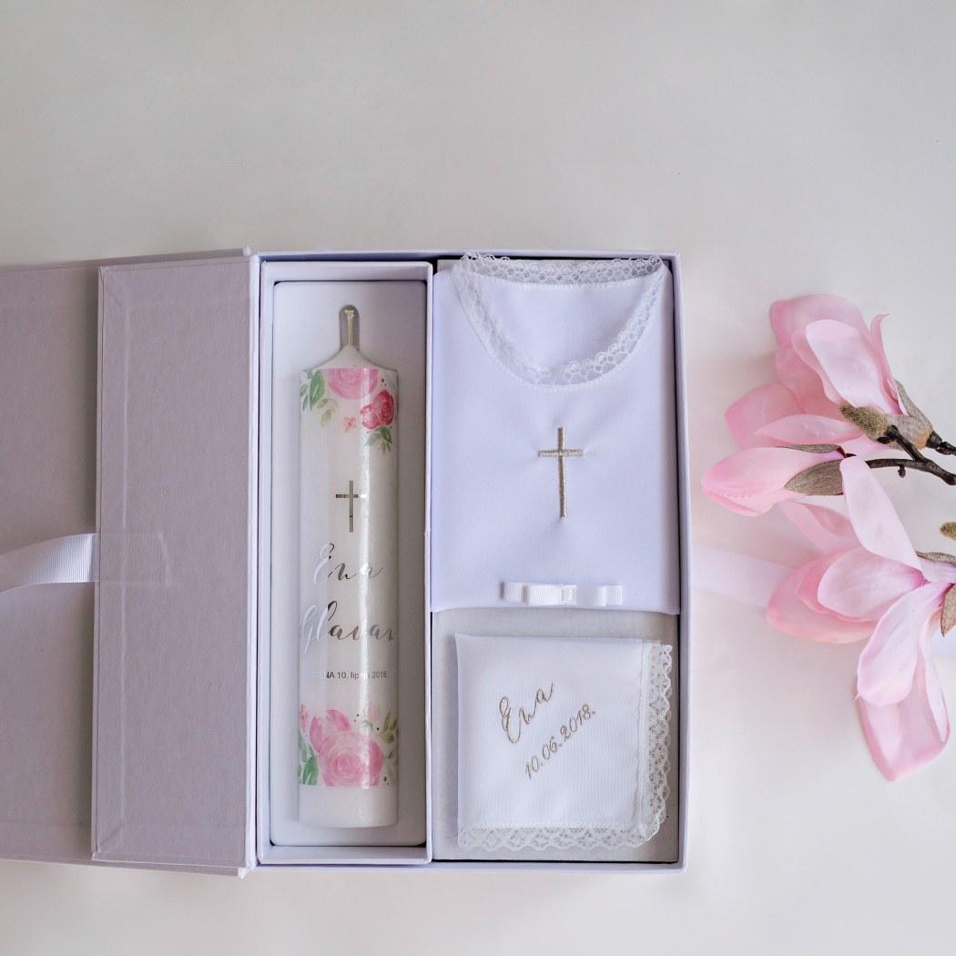 svijeća za krštenje i košuljica