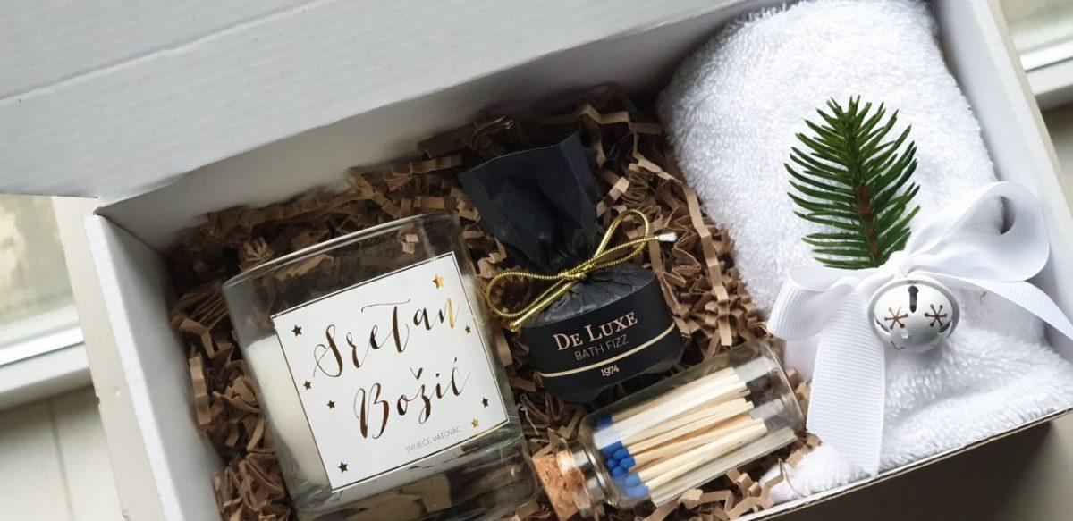 bozicni poklon paket svijeća