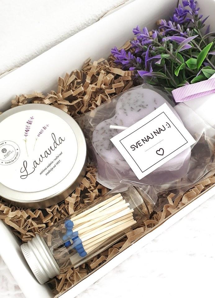 poklon paket mirisnih svijeća od lavande