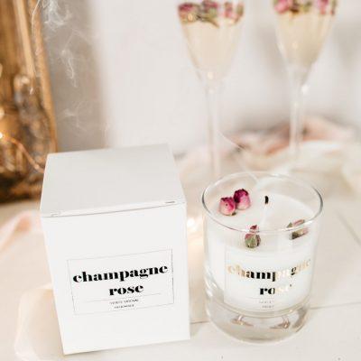 mirisna-svijeća-champagne-rose i kutija