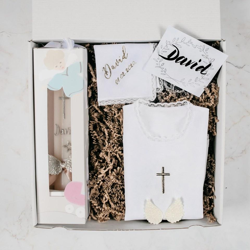 svijeca i kosuljica za krstenje u srebrnoj boji